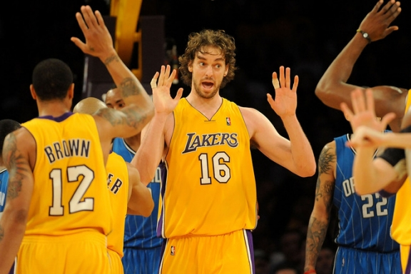 Pau wants him some high five action