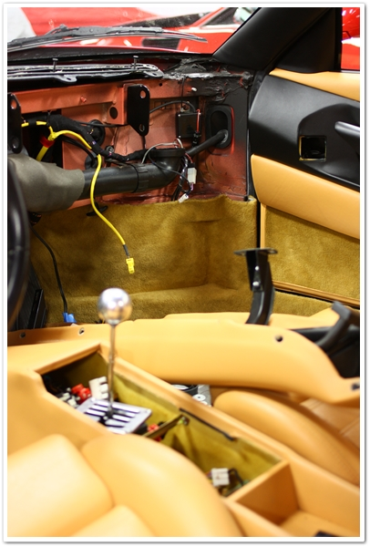 Ferrari 355 GTS dashboard removed