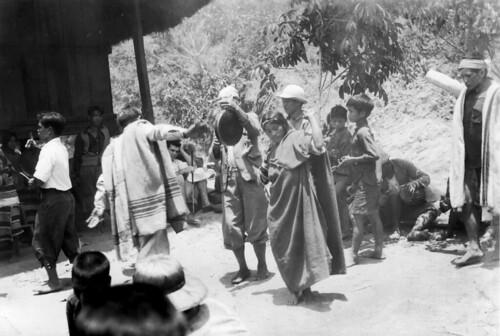 Native Filipino People Dancing Native Filipino