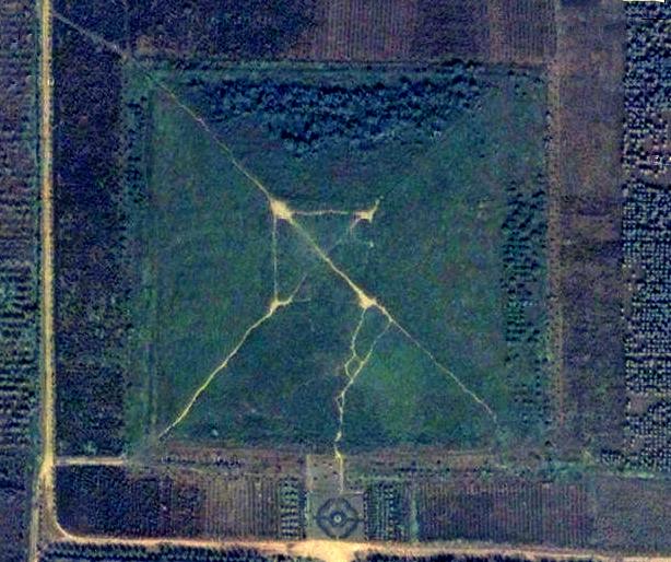 China_Pyramid_Giza_Main_01