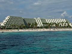 Blau Mediterraneo Hotel Strand (Reinhard_Schuldt ( Brigitte Schuldt)) Tags: mallorca sacoma