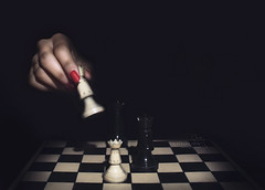 next move? (*northern star) Tags: red white black rot blanco lamp canon rouge rojo king noir torre shadows hand darkness tripod negro chess move ombre queen explore mano movimento re regina rook nailpolish rosso bianco blanc nero schwarz lampada chessboard buio mossa scacchi weis northernstar smalto remotecontroller spazzolino dentifricio nextmove scacchiera explored donotsteal eos450d allrightsreserved northernstarandthewhiterabbit northernstar 1855is tititu digitalrebelxsi canonrc5 usewithoutpermissionisillegal northernstarphotography ifyouwannatakeitforpersonalusesnotcommercialusesjustask prossimamossa lightsourceluce