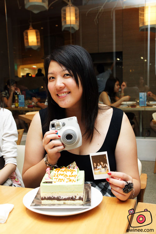 JANNIFER'S-BDAY-DELICIOUS-jan-polaroid-cake