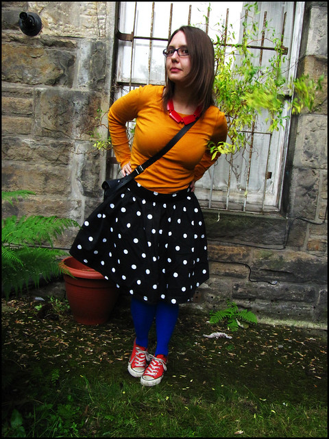 polka dots and primary colours