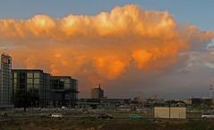 Der Himmel ber Berlin (mr172) Tags: sunset sky berlin clouds canon germany deutschland is sonnenuntergang himmel powershot hauptbahnhof fernsehturm mitte hochhaus 200sx charite