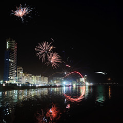 KB1_9068 (Konrad Blum) Tags: strand southafrica nikon cityscape fireworks guyfawkes d200 2009 1870mm westerncape