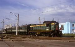 TEM2-5968  Murmansk  14.06.06 (w. + h. brutzer) Tags: train russia eisenbahn railway zug trains locomotive lokomotive murmansk russland diesellok eisenbahnen tem2 rzd dieselloks