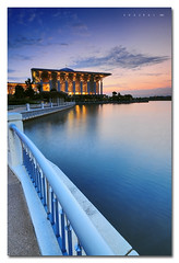 The Iron Mosque (Putrajaya) (Explored) (SHAZRAL) Tags: sunset nikon iron mosque malaysia putrajaya masjid outing tasik d300 besi cokin p121 annamir buyie azralfikri shazral sangphotographer arabischenab