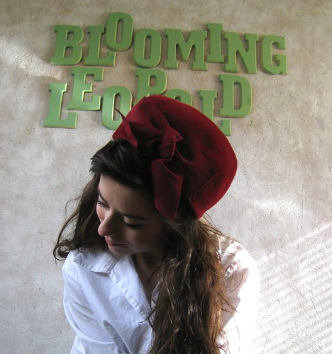vintage velvet bow pillbox hat