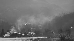 Matine  Morillon... (J&S.) Tags: france canon village noiretblanc neige campagne 74 js matin chemine hautesavoie fume samoens morillon rurale giffre ruralit envoidugros odeurdubois rapalpin