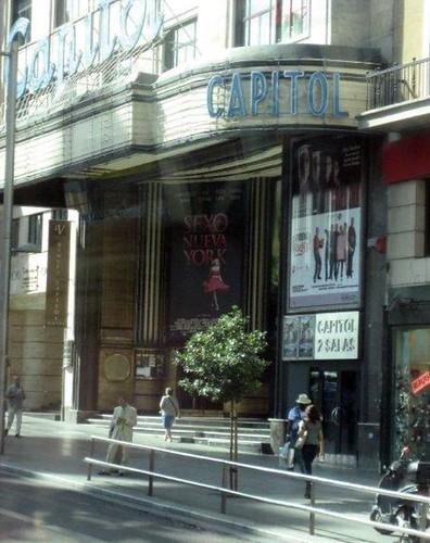Carrie Bradshaw: ¿ Se Habla Español?
