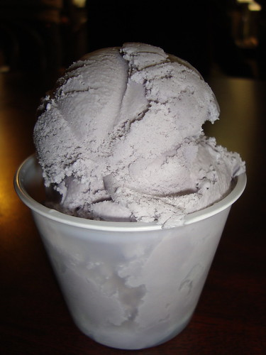 Taro Ice Cream @ Fosselman's
