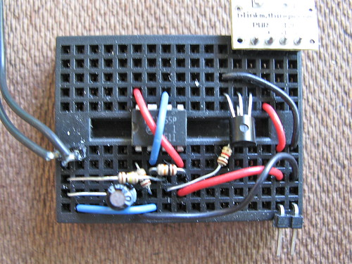 On/off toggle switch from a momentary switch using 555