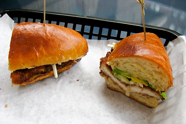 chicken-sandwich-schnitzel-fried-truffle-celery-slaw-sandwiched-upper-east-side-danny-meyer-whitney-museum-american-food-chefs-ingredients-bread-lower-level-cafe-cuisine-culinary