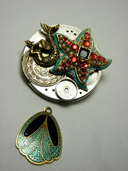 Steampunk Pendant (SpectraNova) Tags: world wedding bird floral face metal vintage woodland butterfly bug insect asian movement coin whimsy expo recycled handmade antique african oneofakind ooak watch gothic goth victorian dial peacock steam lizard chain company civilwar jade american era link beatle cameo neo etsy ruby mermaid oriental brass gypsy emerald couture renaissance bohemian beaded onyx waltham whimsical aliceinwonderland genuine repurposed entomology steampunk labradorite reworked nephrite elign lollita nontarnish dieselpunk thriftysparrow spectranova vespertinenovalark