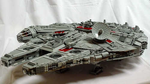 Lego Millenium Falcon built