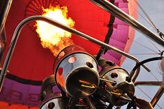 Vuur - Fire (RuudMorijn-NL) Tags: holland netherlands dutch hotair ballon nederland gaz hotairballoon burner breda ballonvaart burners heteluchtballon branders hetelucht brander adballon gasbrander balloonflying