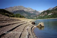 bubal 4 (mikek666) Tags: lake mountains montagne lago see meer dam lac reservoir barragem loch damm alpinismo pyrenees presa pirineos llac diga llyn ibon gl dalar mynyddoedd montaismo mendiak jezero baraj argae daclk  urtegia  pireneji