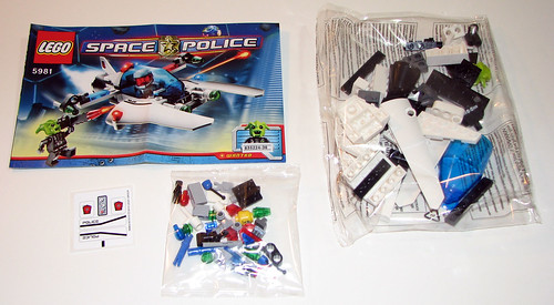 LEGO Space Police 5981 - Raid VPR - Manual, Stickers, Parts