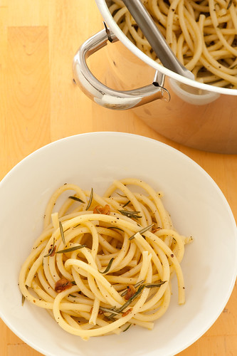 pasta with rosemary & garlic