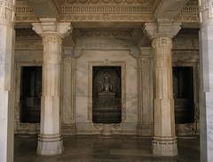 MTABU_16 (Chris Protopapas) Tags: sculpture india art architecture pentax buddha niche marble 1985 mtabu rahjastan dilwara drumscanner smcpa28mmf28 dilwaratemple pentaxart visipix mtabu16 hells3900 itsnotacapture