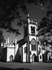 Église anglicane, Lunenburg, Nouvelle-Écosse (Patrice StG) Tags: blackandwhite bw church novascotia noiretblanc nb église anglican protestant canonftb nouvelleécosse