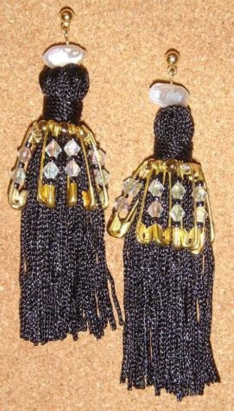 Carbon Couture DIY tassel earrings