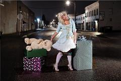 Gluten Free (Placebo #4) Tags: bear christmas street portland costume teddy presents teddybear pdx hdr freegeek littlebopeep mm774755 benzmund nadiagarver pdxstrobist121309