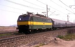 150 024  bei Most  27.05.92  CD (w. + h. brutzer) Tags: analog train nikon cd eisenbahn railway zug trains tschechien 150 most locomotive slowakei lokomotive elok zsr eisenbahnen eloks webru