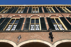 "Binnenhof • <a style=""font-size:0.8em;"" href=""http://www.flickr.com/photos/45090765@N05/4205913997/"" target=""_blank"">View on Flickr</a>"