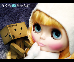 NERD and KUMO-Chan is now friend. :D (moobelle*) Tags: nerd amazon doll geek blythe takara kumo yotsuba danbo revoltech danboard icerune kumochan