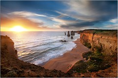 The Sun Sets on the Apostles (Extra Medium) Tags: sunset clouds australia greatoceanroad twelveapostles 2010 bendigo portcampbellnationalpark impressedbeauty