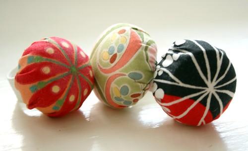 ring pincushions