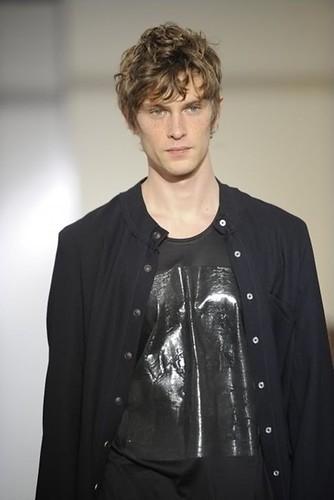 Mathias Lauridsen3199_FW10_Paris_Tillmann Lauterbach(Franky-F@mh)