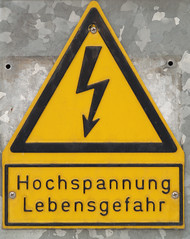 Danger Du Mort (gripspix (OFF)) Tags: sign schild lebensgefahr hochspannung hightension 20100203