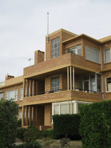 Caversham Court, Mornington