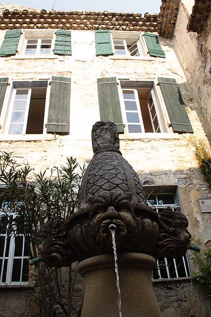 Fountain in Seguret