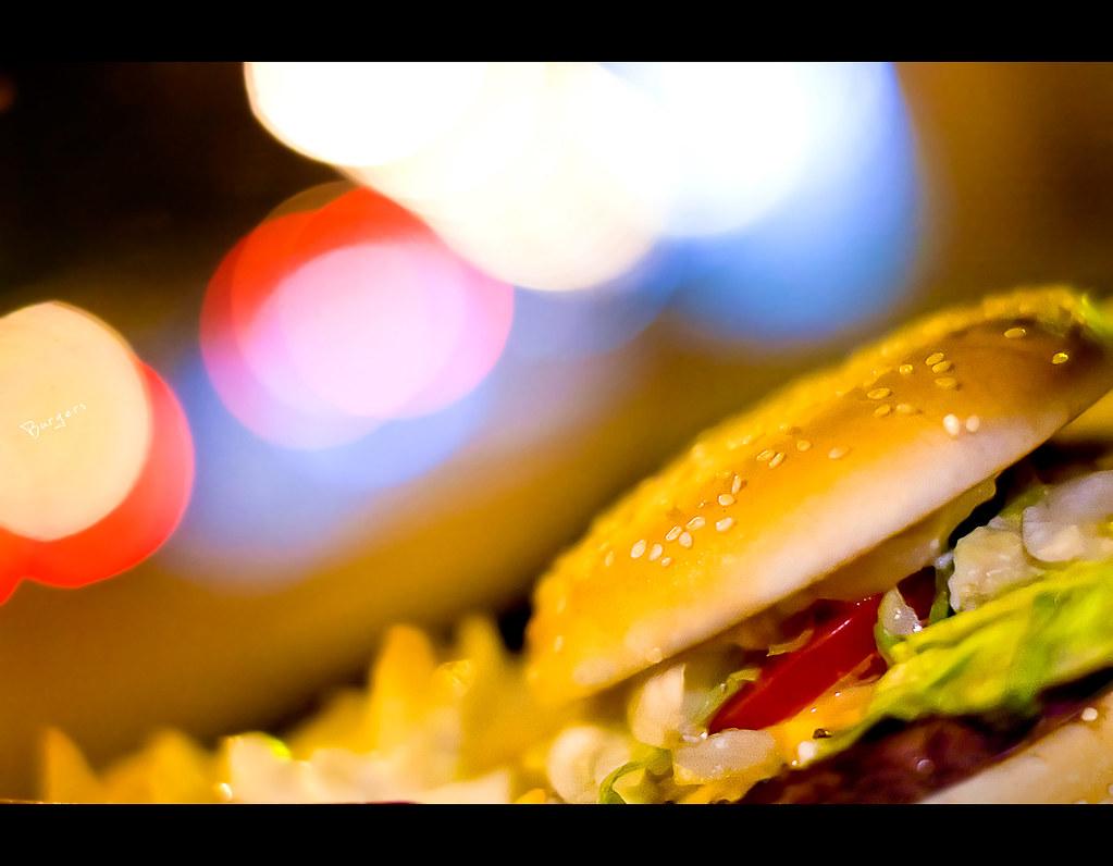 Project 365, Bokeh, burger, bokeh balls, bokeh bubbles, Sigma 50mm F1.4 EX DG HSM,