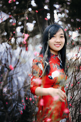 Ms Hiền (Sài gòn-01665 374 974) Tags: red snor sony sigma photography photographer flickr digital new featured light art life colorful colour photoshop blend asia camera sweet lens bokeh dof depthoffield blur portrait beauty pretty people woman girl lady amazing second valentine