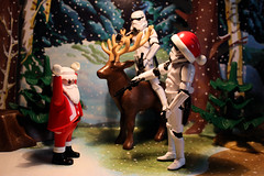 Imperial Requisition #7 - All your Christmas are belong to us (Stfan) Tags: santa christmas winter snow toy actionfigure starwars hiver stormtroopers deer figure stormtrooper santaclaus allyourbasearebelongtous figurine nol jouet reddeer playmobil hasbro renne prenol imperialrequisition stormtroopers365 geekdadpower