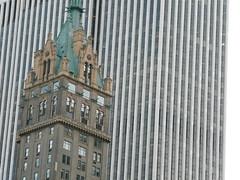 Sherry-Netherland Hotel (SomePhotosTakenByMe) Tags: park christmas city nyc newyorkcity usa newyork building architecture america skyscraper hotel centralpark manhattan urlaub 5thavenue midtown architektur sherry amerika gebäude innenstadt