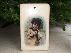 "Cutting board ""Girl with snowball"""