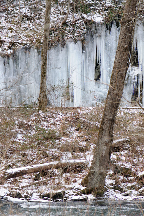 web_ice_rocks_0260_2466