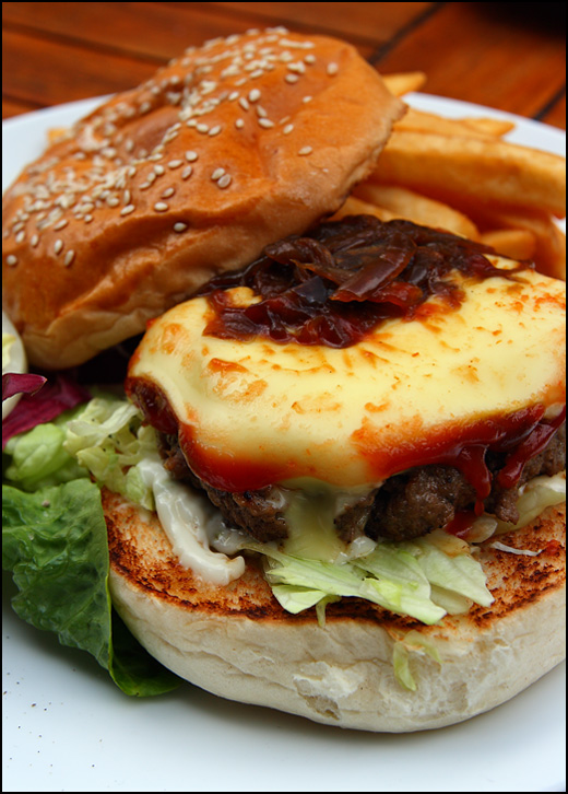 homemade-beef-burger