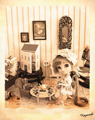Pullip Queen Round 7! (Rinoninha) Tags: sepia doll tea antique contest fimo antigua 25 wig concurso pullip dollhouse ichigo mueca t coolcat peluca mymelody obitsu rewigged pullipqueen casademueca