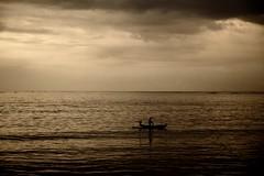 Jimbaran Bay - Bali (ICT_photo) Tags: sunset bali fish net silhouette indonesia fisherman dusk cast jimbaran