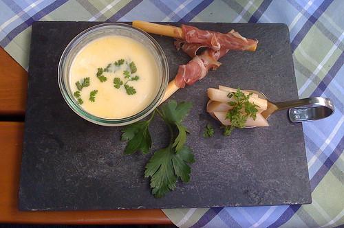 Lasagnecremesuppe / Asparagus cream soup