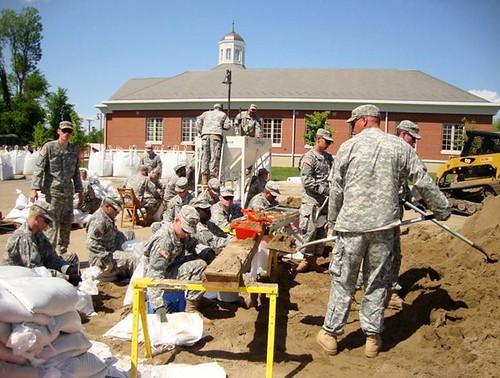 Kentucky Guard engineers flood mission sandbags