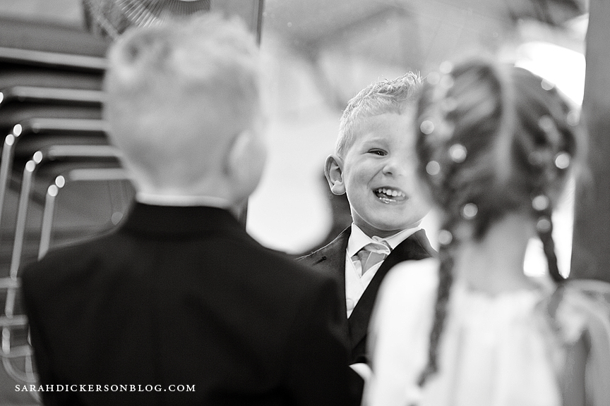 Pilgrim Chapel Kansas City wedding photography