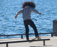 Grinding (Quistian) Tags: 2017 201702 20170220 skateboarding waterfront toronto urban rps canon